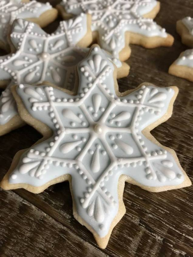 Paige's Designer Cookies Snowflake blue white 1